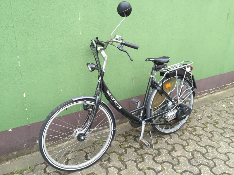 saxonette luxus fahrrad mit hilfsmotor e starter benzin motor bis 28 km h 0 5w ebay. Black Bedroom Furniture Sets. Home Design Ideas