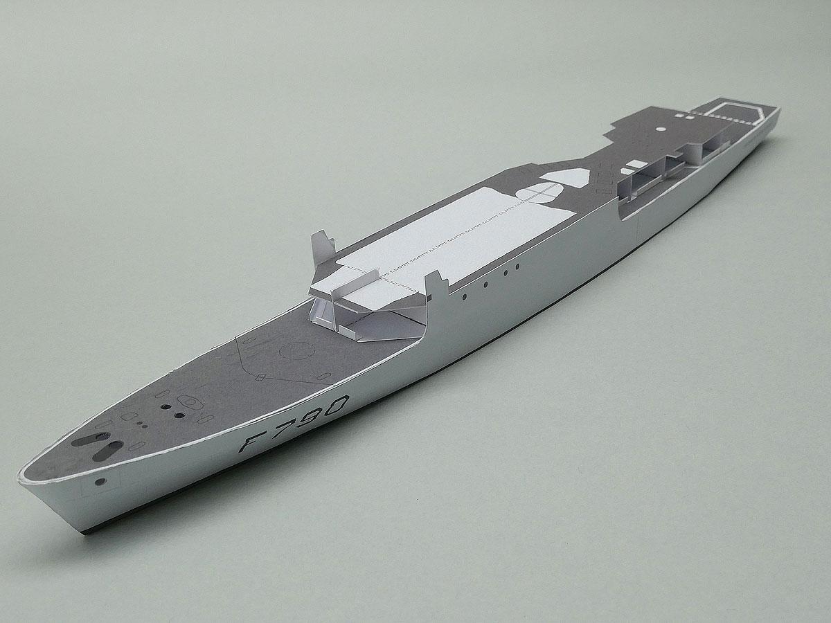 """Aviso A 69 """"Classe d'Estienne d'Orves"""" F790 Lieutenant de vaisseau Lavallée / Propre construction 1: 012-oberdeckdetail-votujxu"""