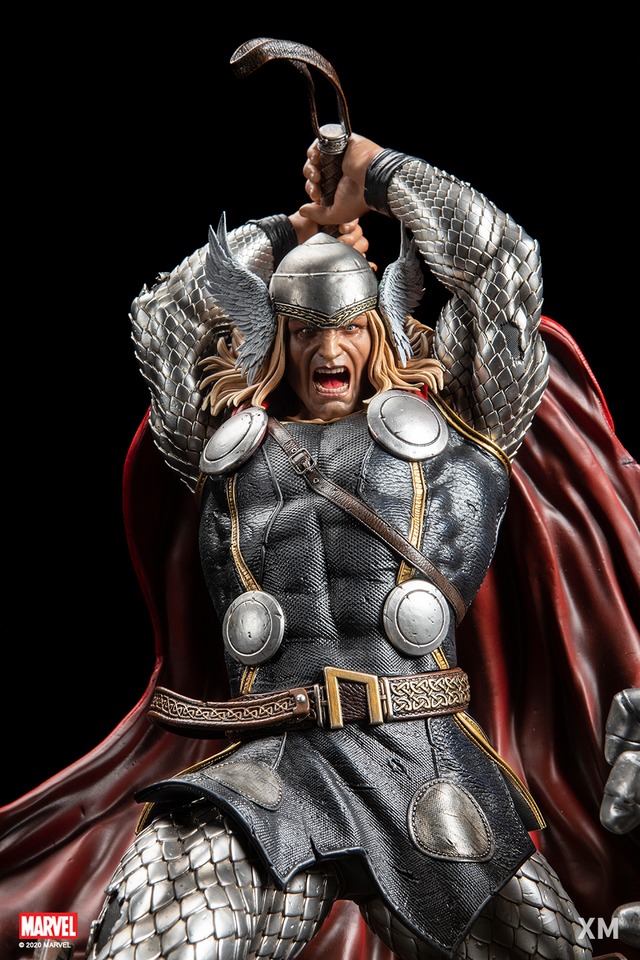 Premium Collectibles : Modern Thor 01j9jqx