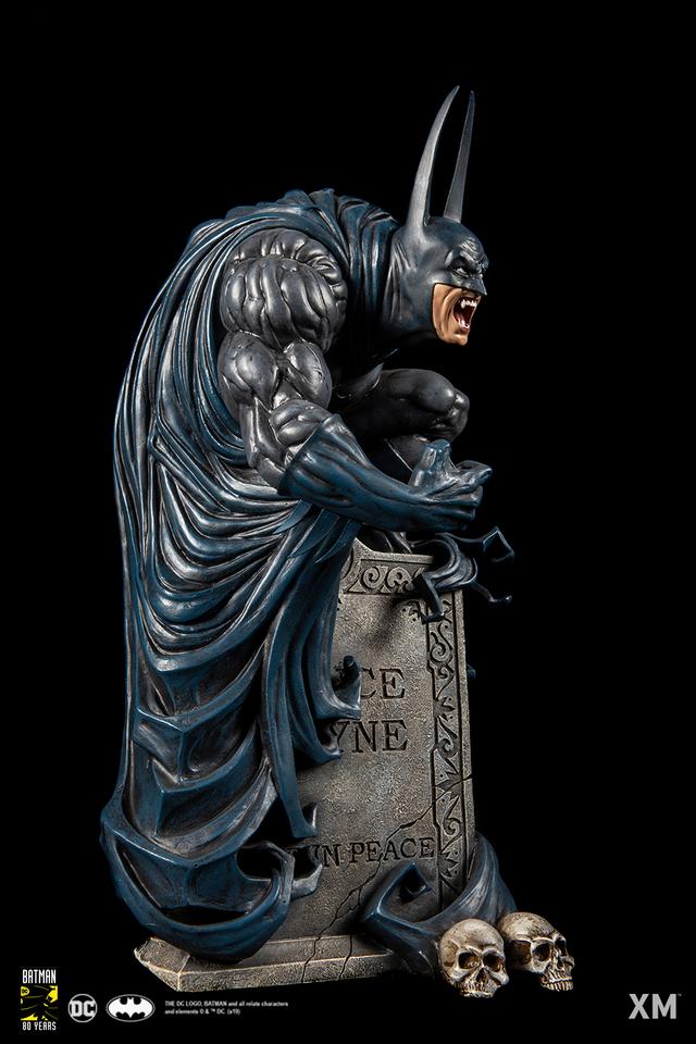 Premium Collectibles : Batman Bloodstorm Cover Art 1/6**  027jj8m