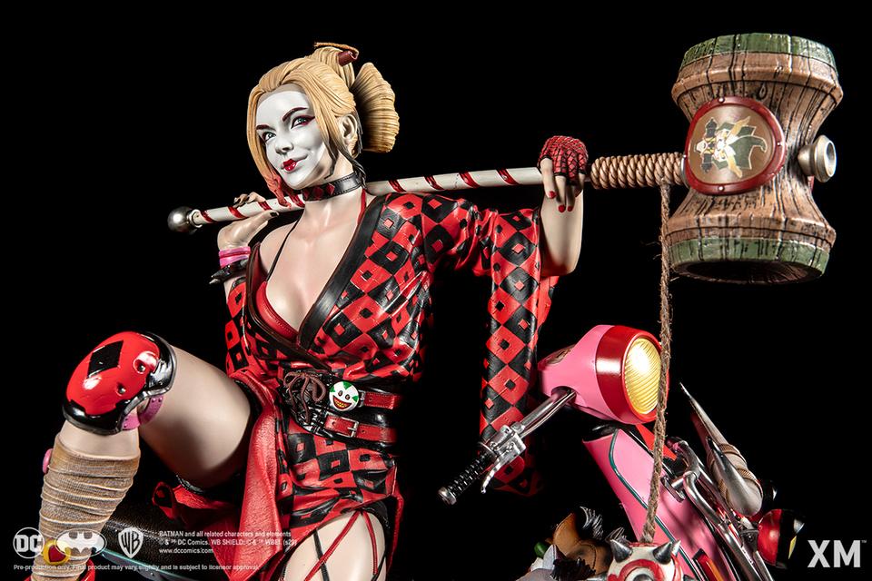 Premium collectibles : Harley Quinn** 02gqj4k
