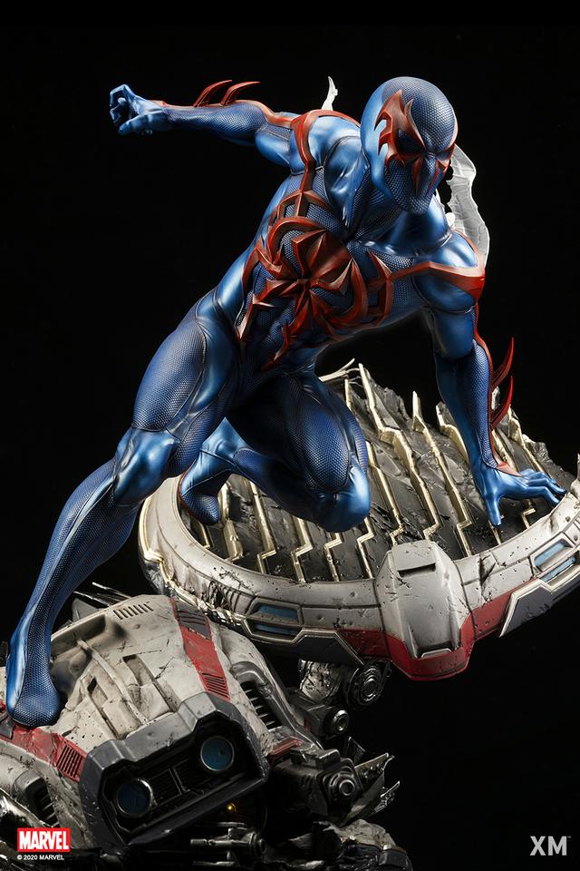 Premium Collectibles : Spider-Man 2099 02zfki9