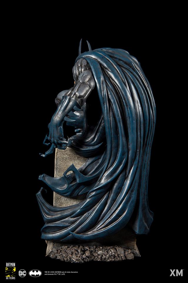 Premium Collectibles : Batman Bloodstorm Cover Art 1/6**  033kkq6