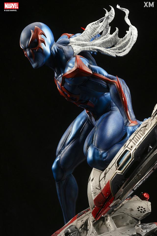 Premium Collectibles : Spider-Man 2099 04b2dj13