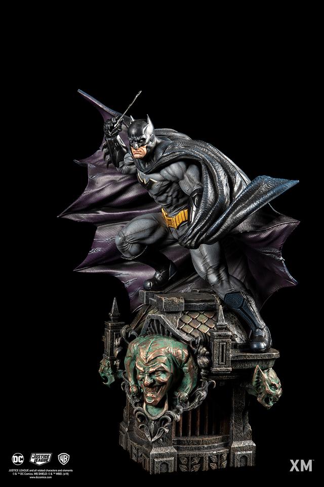 Premium Collectibles : JLA Batman 1/6**   04z3jtg