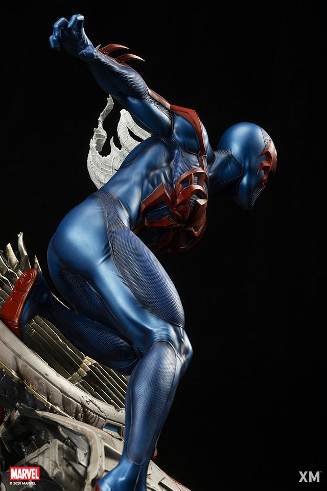 Premium Collectibles : Spider-Man 2099 055wkrv