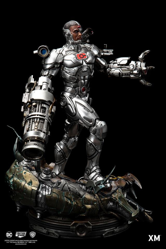 Premium Collectibles : JLA Cyborg 1/6**   05agj5e