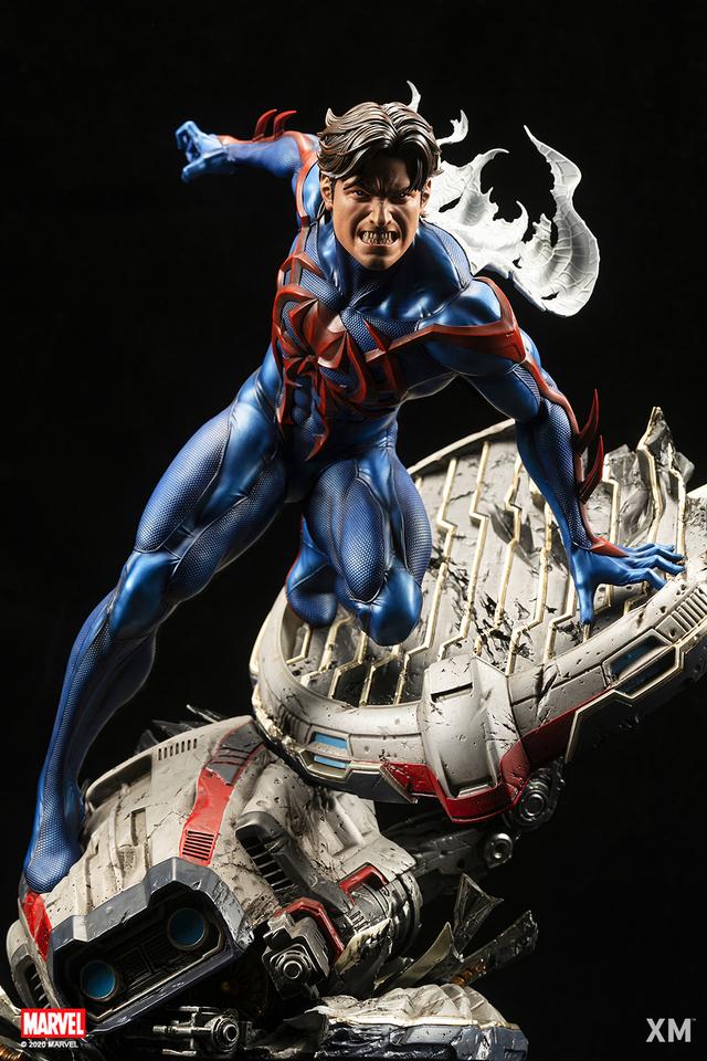 Premium Collectibles : Spider-Man 2099 06tckk9