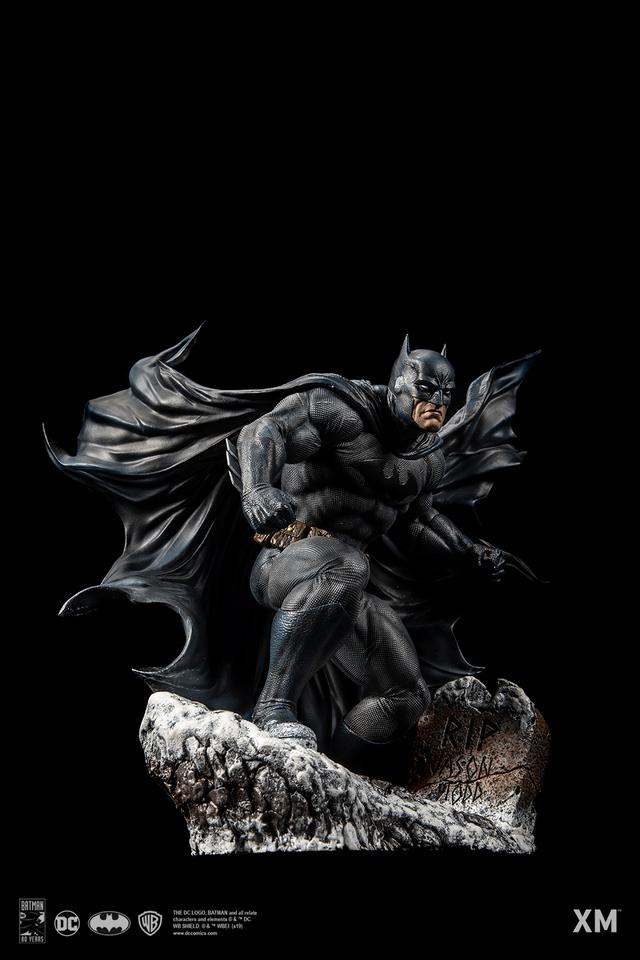 Premium Collectibles : Batman Cover Art 1/6** 06z5jtj