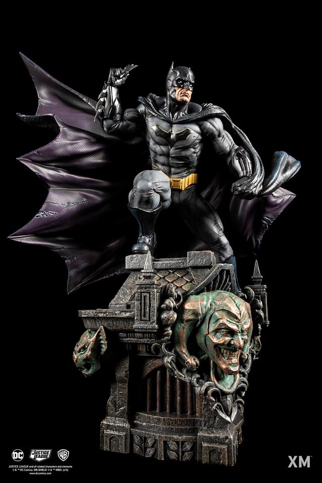 Premium Collectibles : JLA Batman 1/6**   07n5jws