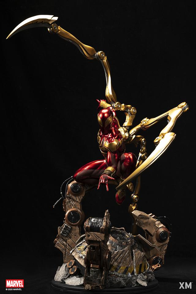 Premium Collectibles : Iron-spiderman** 0gxjs5