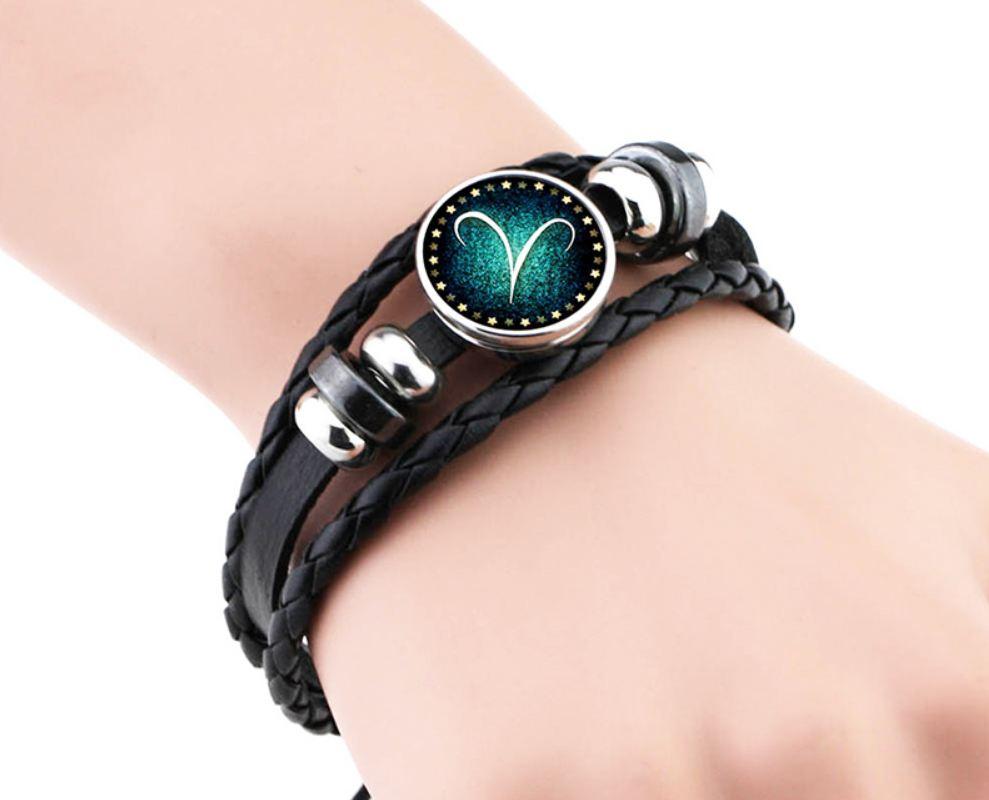sternzeichen armband aus leder schwarz f r sie und ihn. Black Bedroom Furniture Sets. Home Design Ideas