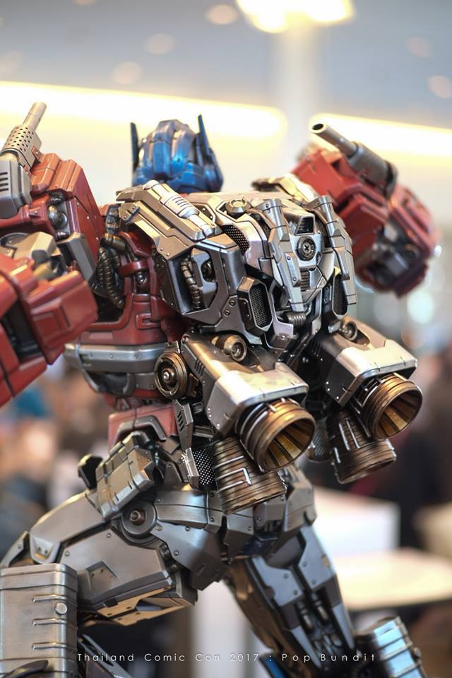Premium Collectibles : Transformers - Optimus Prime (G1) 1009swq