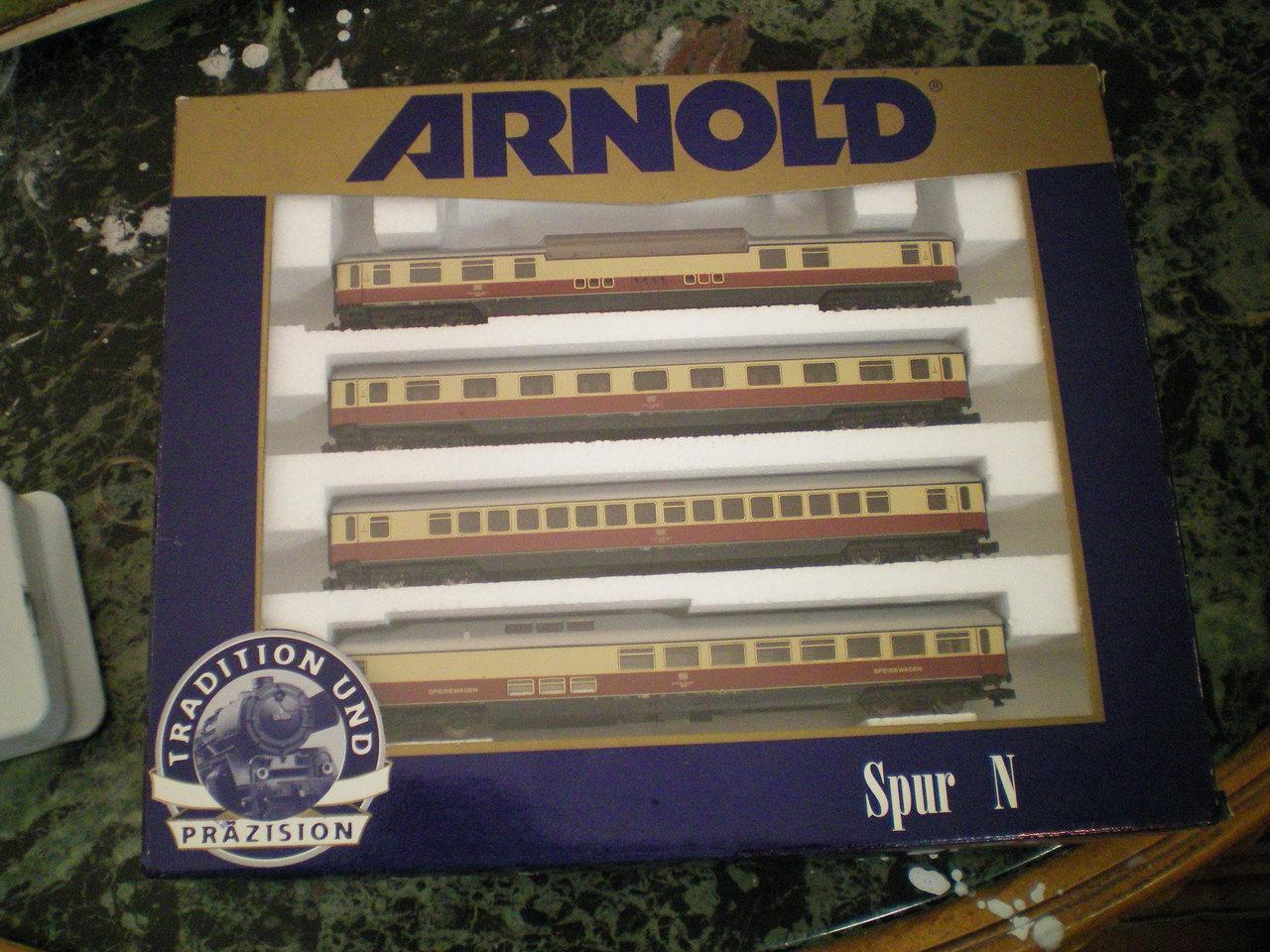 Arnold TEE - Wagen 100_00068zicn