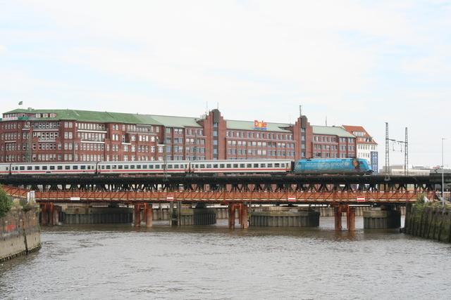 101 016-4 Hamburg Oberhafen-Brücke