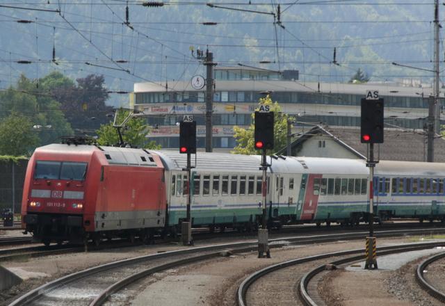 101 113-9 Einfahrt Kufstein