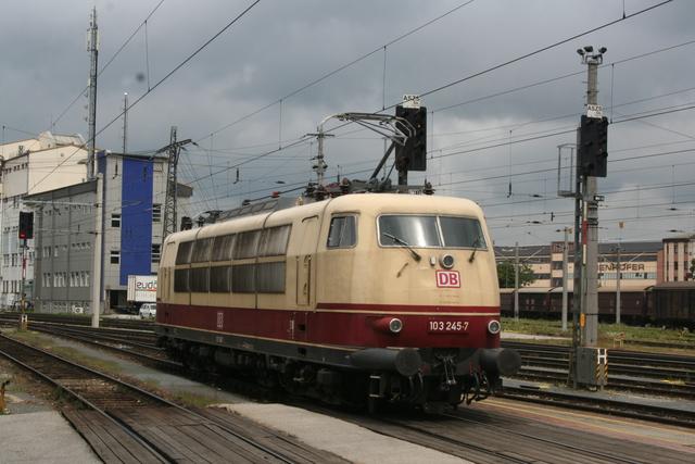103 245-7 Salzburg Hbf
