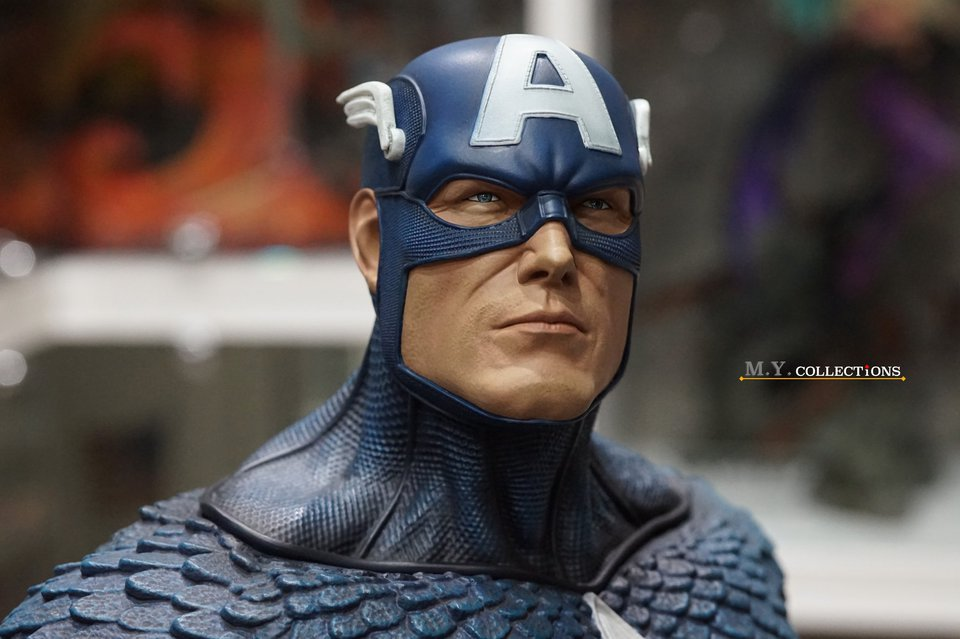 Premium Collectibles : Captain America 1/3 103450743_40097465224z0kqy