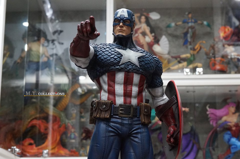 Premium Collectibles : Captain America 1/3 103700889_40097489757fikqg
