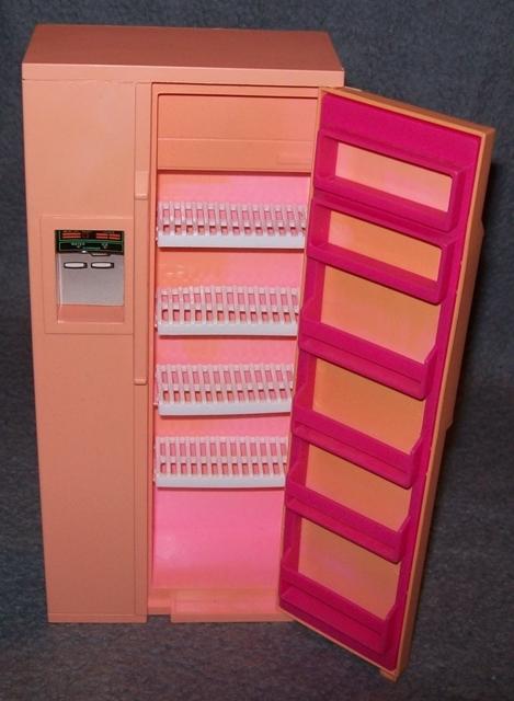 barbie k che k hlschrank m bel 80er 90er jahre vintage herd backofen pink 80s. Black Bedroom Furniture Sets. Home Design Ideas