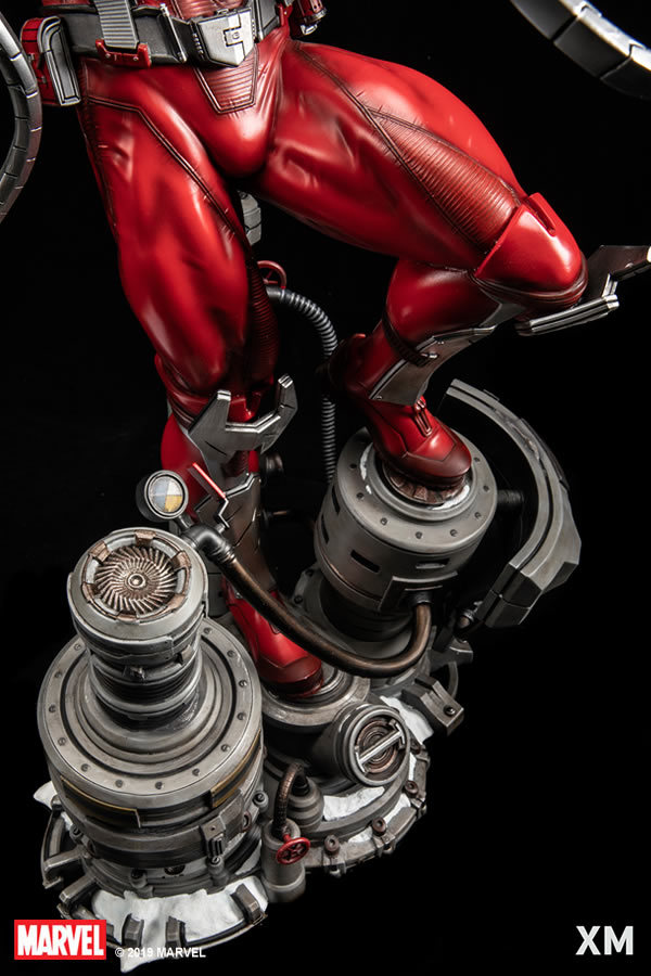 Premium Collectibles : Omega Red - Comics version** 10g0j2u