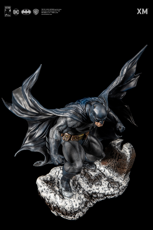 Premium Collectibles : Batman Cover Art 1/6** 10mlkvf