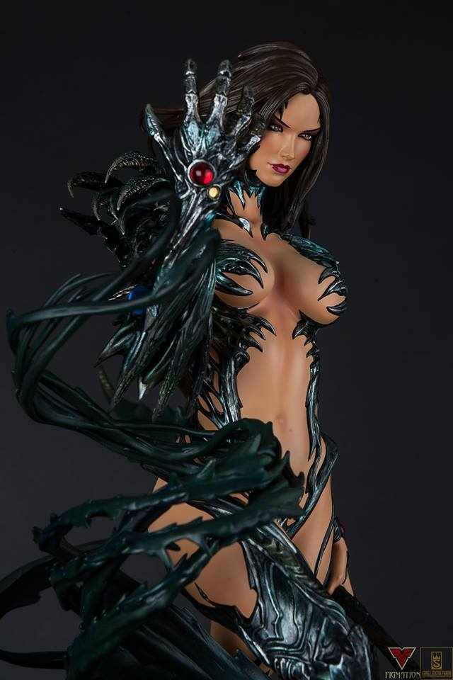 Premium Collectibles : Witchblade - Page 4 10ozsg8
