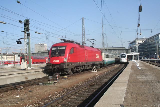 1116 180-9 Ausfahrt München Hbf
