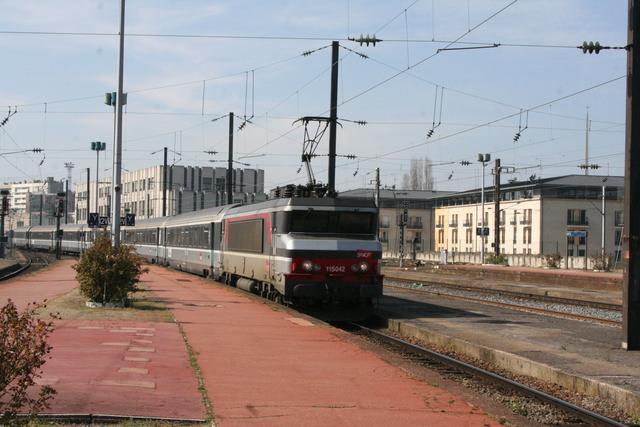 115042 Einfahrt Metz-Ville