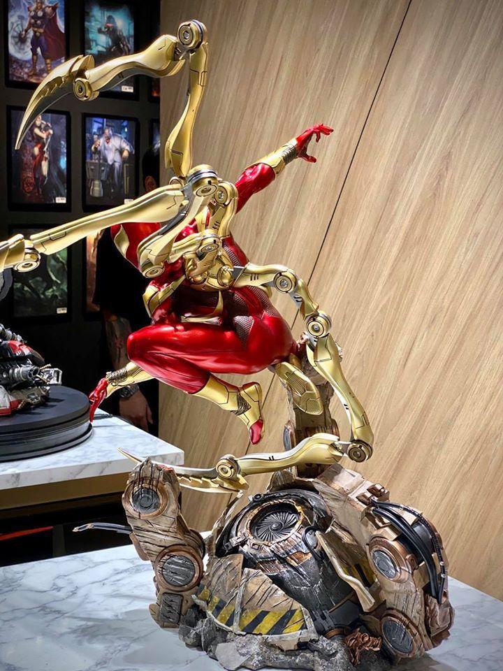 Premium Collectibles : Iron-spiderman** 116761817_26745781794s3khn