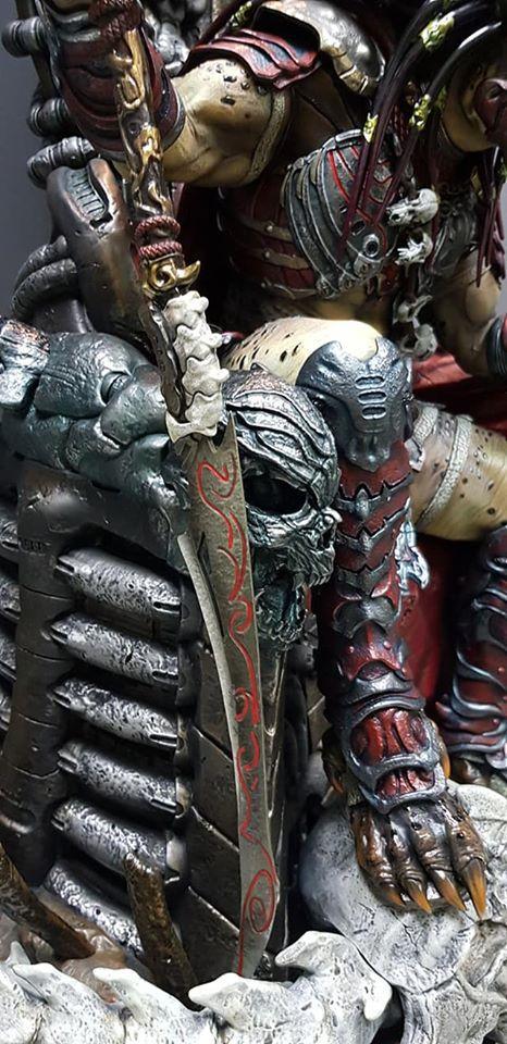 Premium Collectibles : Predator on Throne 117765870_26491755619mjk75