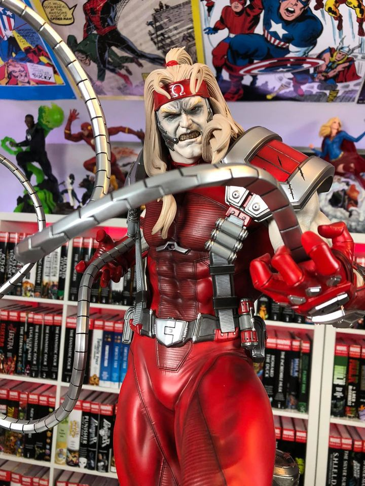 Premium Collectibles : Omega Red - Comics version** 118421129_35560058110lbkg1