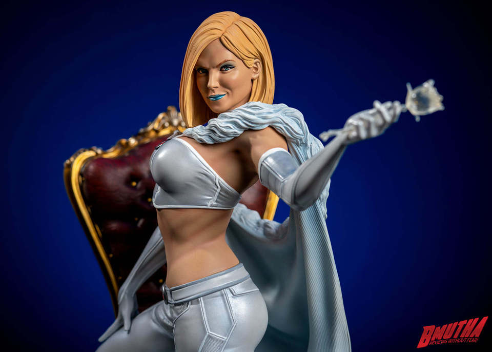 Premium Collectibles : Emma Frost 118857423_337554834581bjps