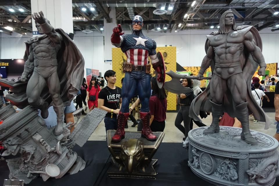 Premium Collectibles : Captain America 1/3 118jkxr