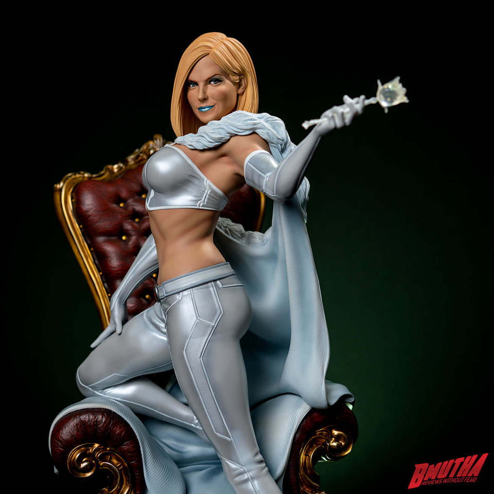 Premium Collectibles : Emma Frost 119058373_33755482658psj1x