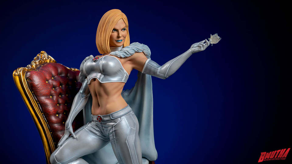 Premium Collectibles : Emma Frost 119059885_33755482858takb4