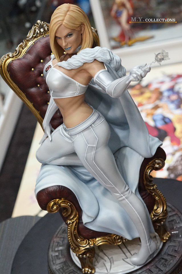 Premium Collectibles : Emma Frost 119061744_44361506864cckq7