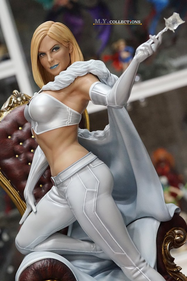 Premium Collectibles : Emma Frost 119137358_443615160644bjxa