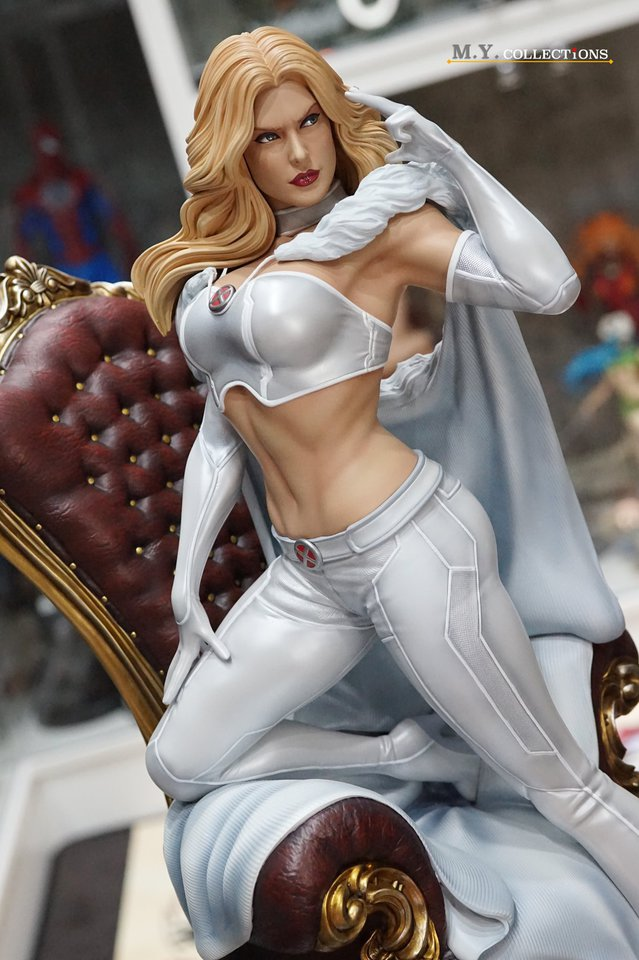 Premium Collectibles : Emma Frost 119194917_443614841316djza