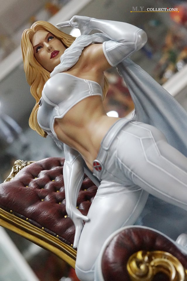 Premium Collectibles : Emma Frost 119198905_44361488831pajgp