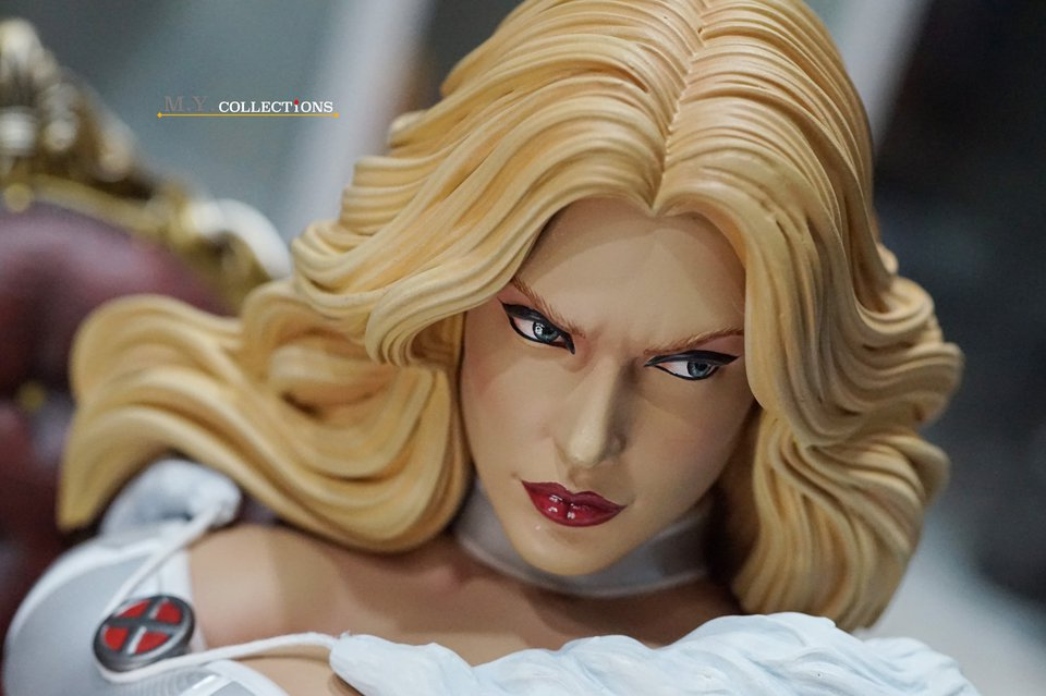 Premium Collectibles : Emma Frost 119278056_44361503697o2jdc