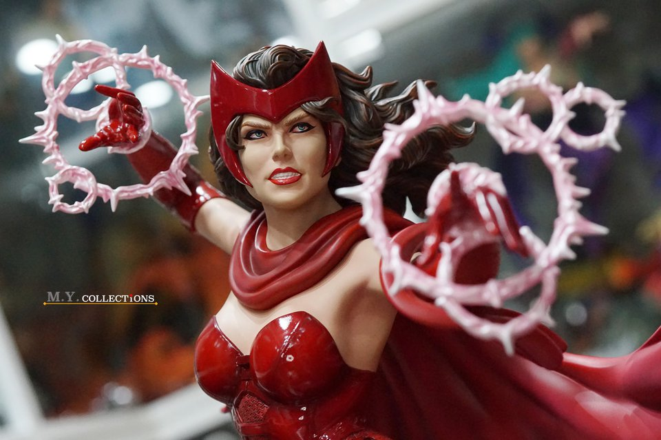 Premium Collectibles : Scarlet Witch** 119475991_44313472602qpj7z