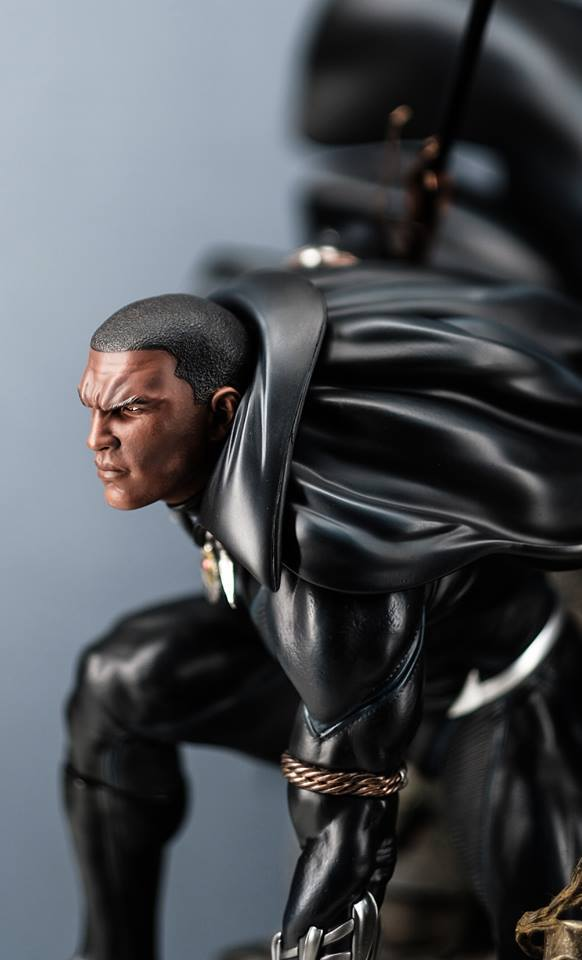 Premium Collectibles : Black Panther - Page 7 11d9uyn