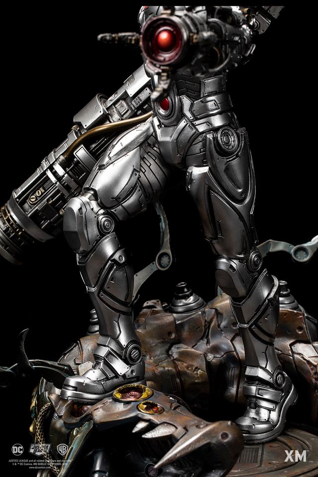 Premium Collectibles : JLA Cyborg 1/6**   11g2khq