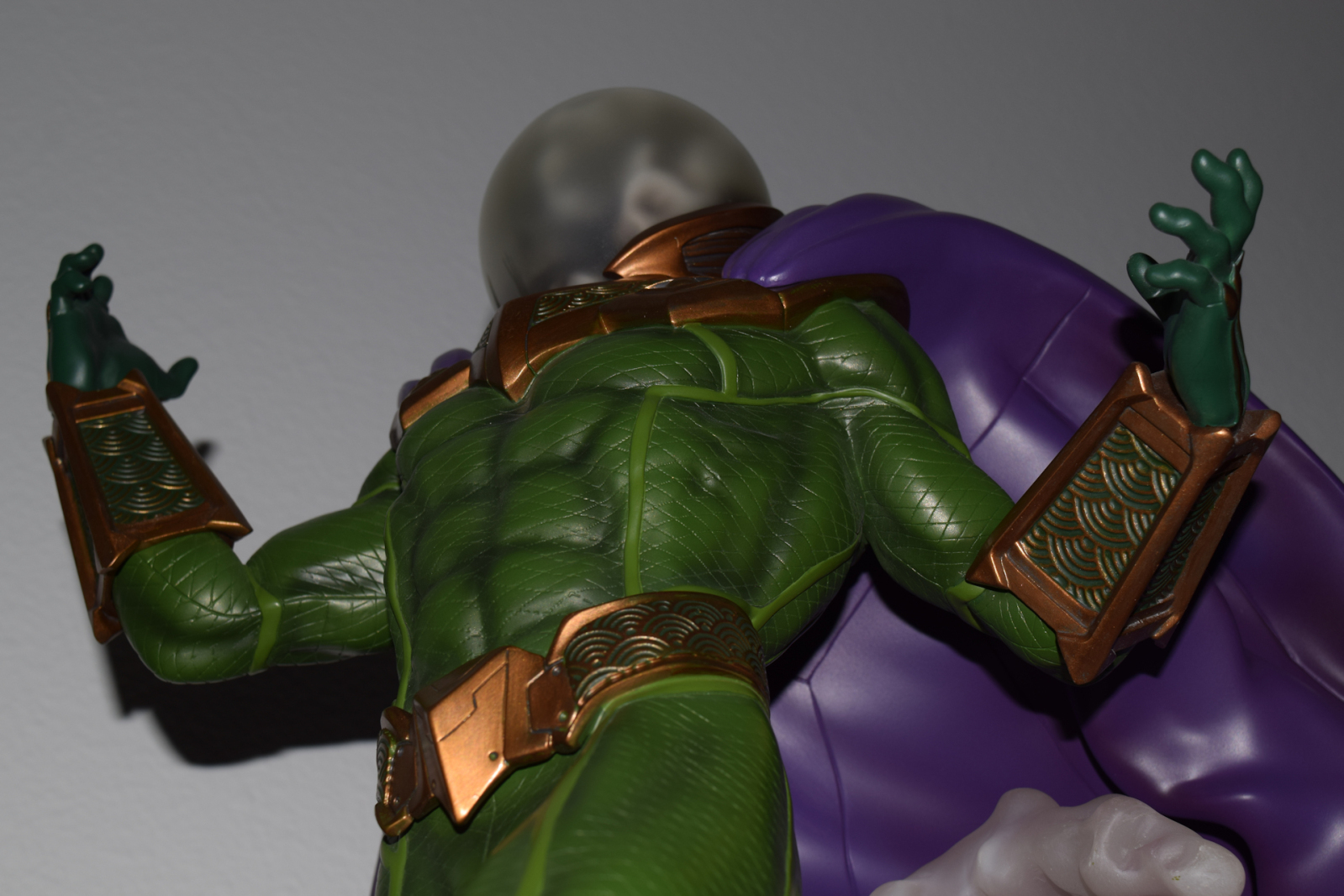 Premium Collectibles : Mysterio - Page 4 11jpswy