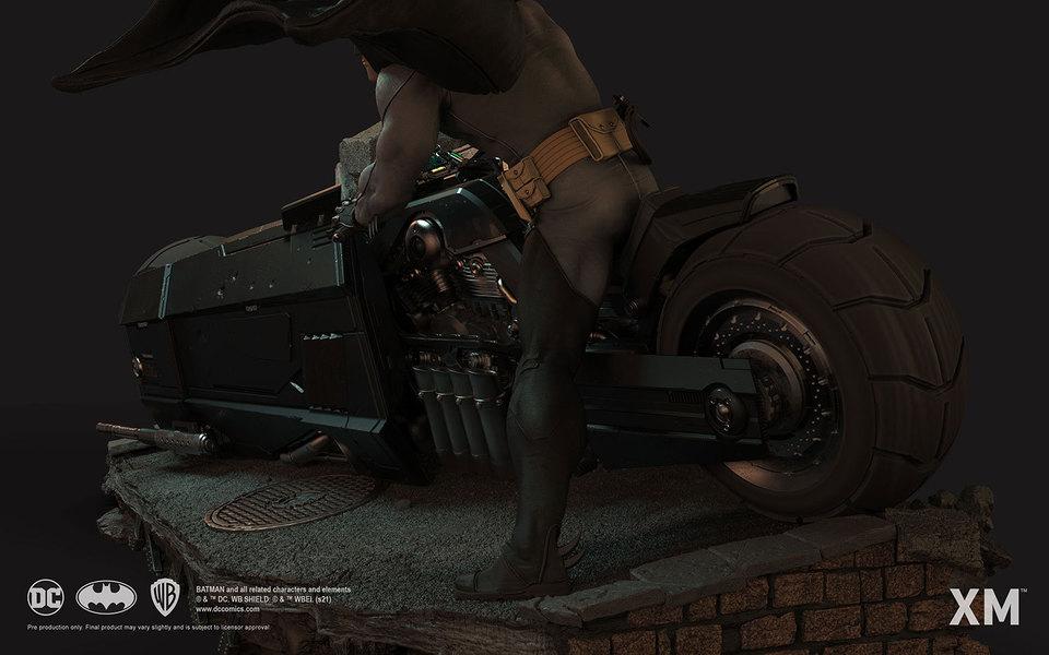 Premium Collectibles : Batman White Knight on Bike1/4 Statue 11w1j8x