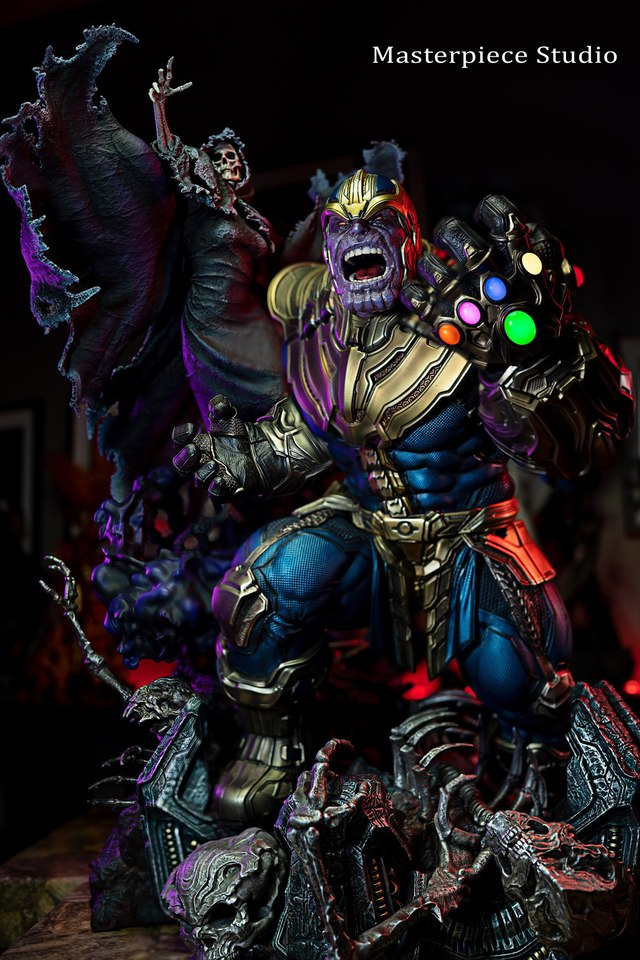 Premium Collectibles : Thanos and Lady Death 121446967_133521135144ajhw