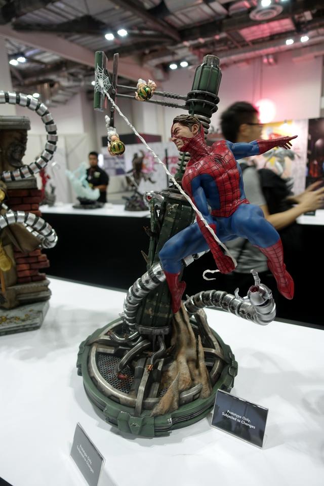Premium Collectibles : Spiderman** 124aftq