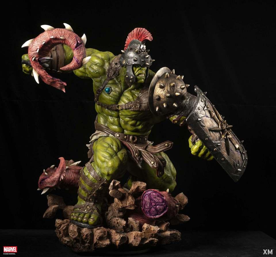 Premium Collectibles : Planet Hulk / King Hulk** 128813407_27719012330hyk2b