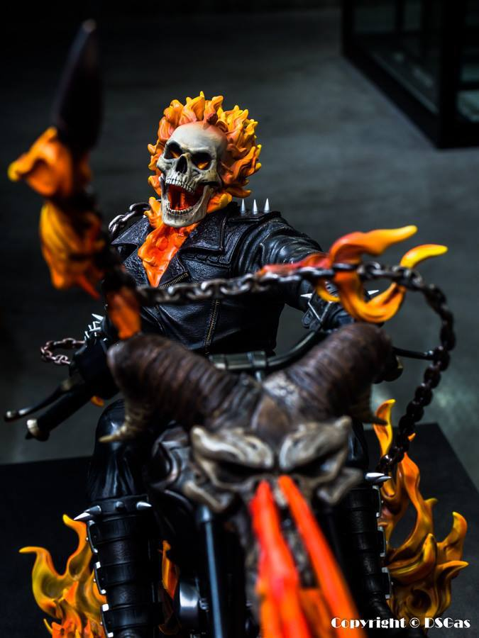 Premium Collectibles : Ghost Rider - Page 5 12gcszk